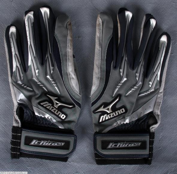 ichiro batting gloves, ichiro mizuno gloves